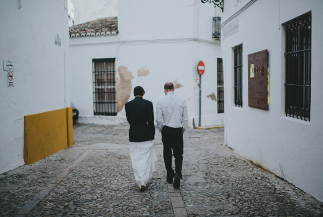 For some, a wedding needs to be only about them. Photo by Pedro Bellido.