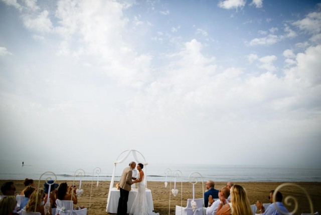 wedding-beach-house-nikki-beach-marbella-spain-2015-11