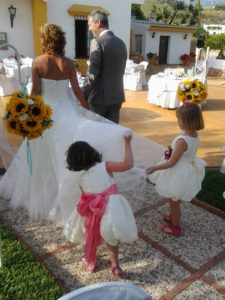 children at wedding ceremonies