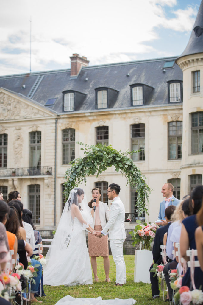 Wedding officiant in Paris - Laura Montorio