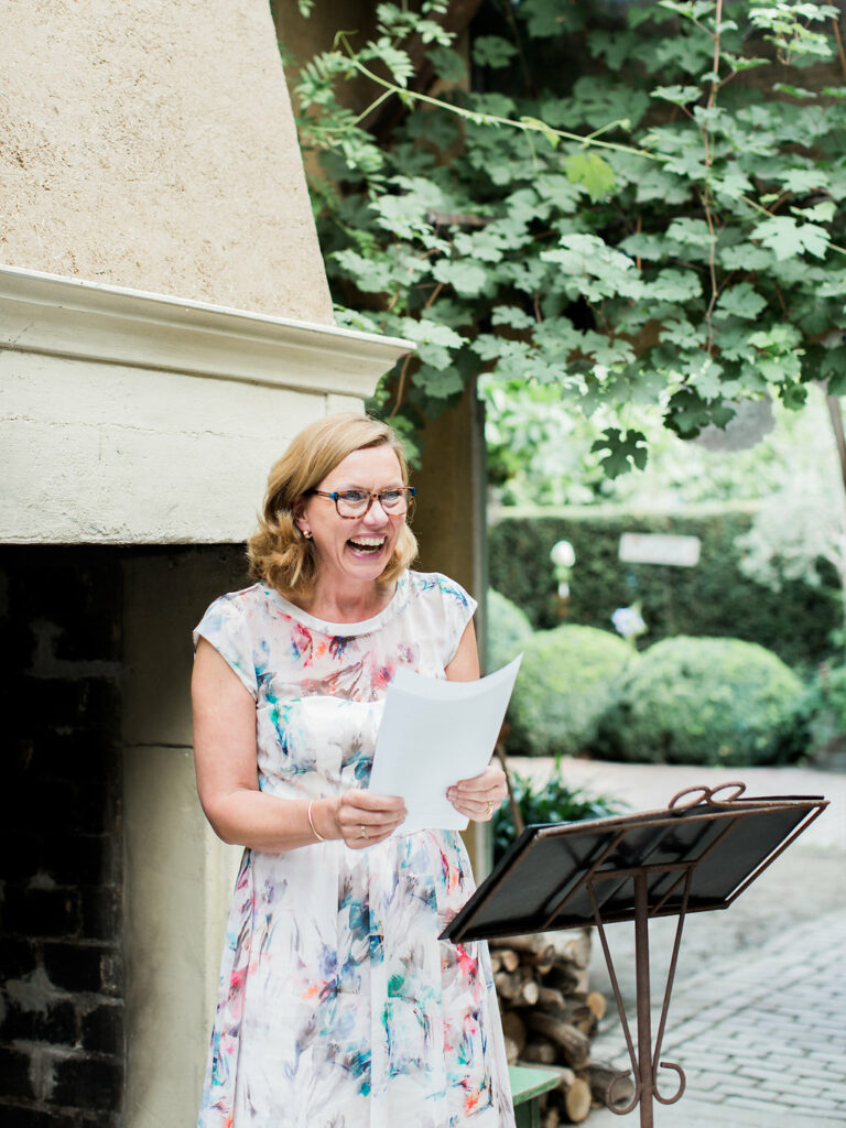 Dutch English-speaking Wedding Celebrant